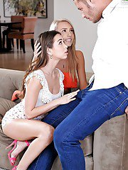 Swell teen Riley Reid and her friend Janice Griffith fuck doniker