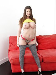 With her maddeningly hot body Brooklyn Chase can make any dick hard