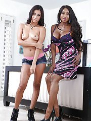 Interracial lesbian sex action with Diamond Jackson and Jade Jantzen