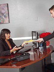 Latina boss Mercedes Carrera uses her office assistant as a fuck toy