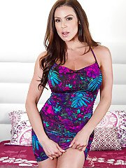 MILF model Kendra Lust exposes her lustful body in a hot striptease