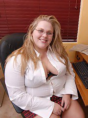 Fat blonde chick in glasses Christina lets her huge fat juggs loose