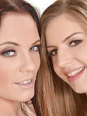 Sexy Euro lezzies Vanda Lust and Stella Cox finger shaved twats