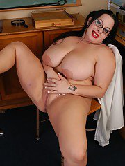 Young BBW in glasses licks her own nipples in hot close ups
