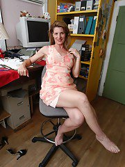 Aged office worker Linda flashing pink panties under dress