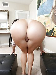 Busty Latina Julianna Vega baring her big booty for all to witness