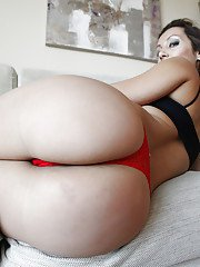 Blonde chick Jessica Hot showing off nice thong adorned ass cheeks