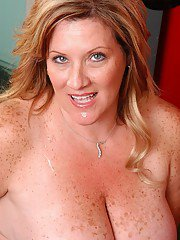Big boobed BBW Deedra getting drilled doggystyle in weight room