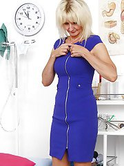 Topless aged blonde lady Mia awaits gyno doctor and his speculum