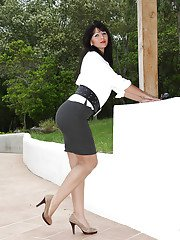 Mature Euro lady Desyra Noir flashing upskirt underwear outdoors
