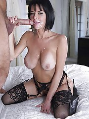 Brunette mom Veronica Avluv giving blowjob in leather brassiere