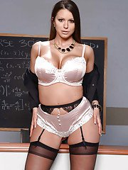Bosomy babe Brooklyn Chase stripping off skirt to model in lingerie