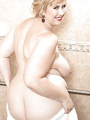 Blonde BBW Lila Lovely unleashing huge saggy tits and belly rolls in shower
