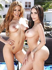 Latina wives Lela Star and Luna Star freeing lesbian asses from yoga pants