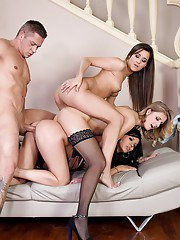 Euro chicks Aria Logan Vicky Love and Cindy deliver reverse gangbang