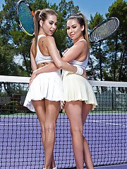Teen tennis players Melissa Moore and Riley Reid bare dyke twats on court