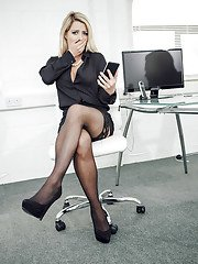 Busty blonde Sienna Day banged during job interview in black stockings