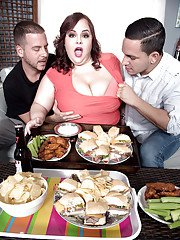 Fat chick Jordynn LuXXX having huge boobs loosed before threesome sex