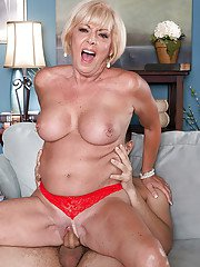 Busty older lady Scarlet Andrews dripping jizz from cunt while cuckold watches