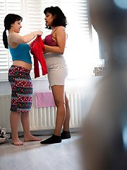 Hidden camera catches amateur dykes Chloe V and Ekaterina getting dressed