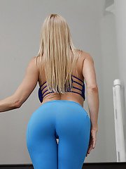 Clothed blonde bombshell Alexis Fawx stripping off yoga pants before showering