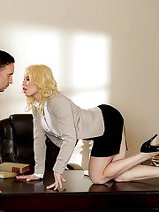 Latina MILF Nikki Delano loosing nice tits before screwing big cock in office