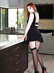 Redhead wife Anny Aurora showing off great legs in high heels