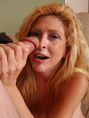 Aged blonde mom Sugar having nipples and pussy licked before sucking off cock