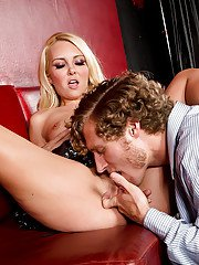 Slutty wife Aaliyah Love finds new lover and gets pricked doggy style
