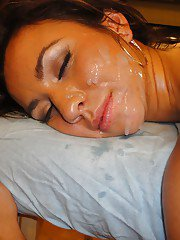 Nude Latina Stephani Moretti sporting jizz on face after fucking masseuse