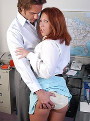Office whore Alyssa removes clithes to fuck boss on the desk