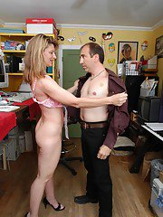 Top mature Linda delights with boss fucking her pussy at the office