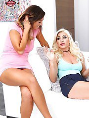 Lesbian girlfriends Cameron Dee and Val Midwest finger fuck and lick cunts