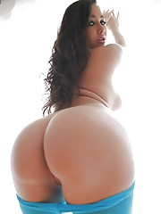Young sexy pornstar Karlee Grey shows off hairy twat and round ass in closeup