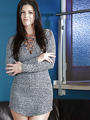 MILF pornstar India Summer showing off long legs while removing clothing