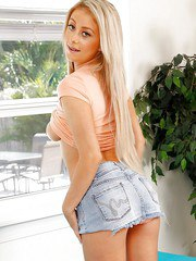 Teen with fair hair Princess Sofia is happy to show off her magnificent curves