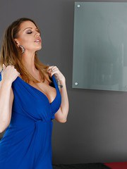 Busty chick Brooklyn Chase strips for a massage and leaves with a creampie