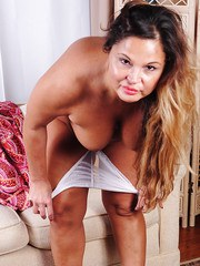 MILF plumper Stephanie peeling off her white granny panties to pose nude