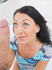Young brunette beauty Kelly Diamond XXX sucking off a massive cock