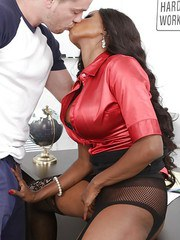 Older ebony teacher Diamond Jackson welcome male students sexual advances