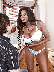 Ebony MILF with big tits Diamond Jackson mind blowing oral special on cock