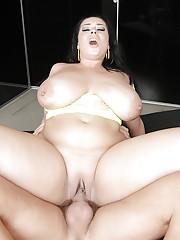 Brunette fatty Anastasia Lux following up oral sex with hard vaginal pounding