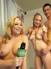 Nude blondes sharing cock in the shower during intense porn interwie