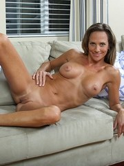 Montana Skye loves touching her mature pussy in slow motion