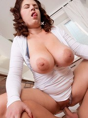 Plump housewife Vicky Soleil seduces the handyman while hubby is at work