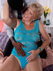 BBW mature goes dirty with an ebony dude and enjoys his black cock in pussy