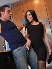 Brunette cougar with fantastic curves Rachel Starr gets cock in mouth and cunt