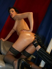 Glamour European stunner in nylon stockings Black Lady gets fisted really deep