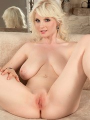 Chubby European MILF Casey Deluxe spreads legs to show her glorious pink twat
