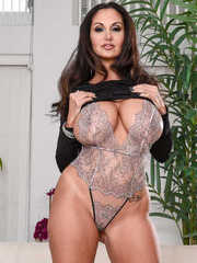 Euro wife Ava Addams exposes her huge boobs while undressing after work